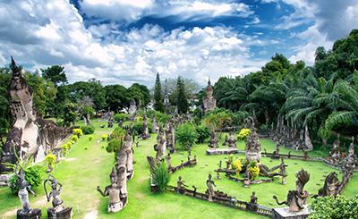 Laos-Buddha-park-seeder_v