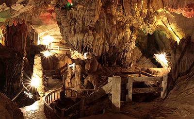 Laos-Luang-Prabang-Pak-Ou-koopad_seeder_v