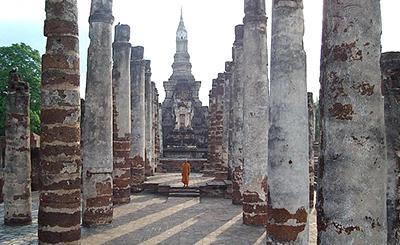 Tai_Wat_Mahathat_Sukhothai_ajalooline park_seeder_v