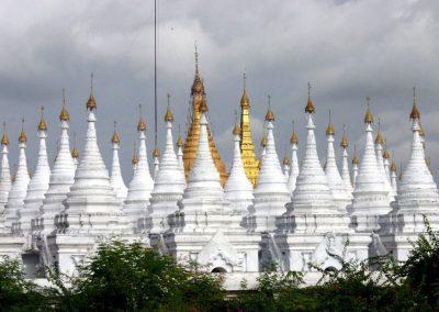 Kuthodaw_pagood_myanmar