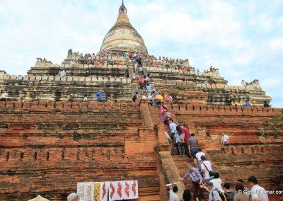 Shwesandaw_Pagoda,_Bagan